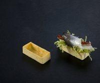 521 Savoury Mini Rectangle  192 per box